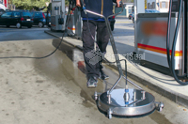 Petrol station forecourt cleaning